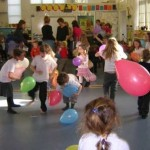 Games and Crafts to Stimulate Kids or to Host Children's Parties